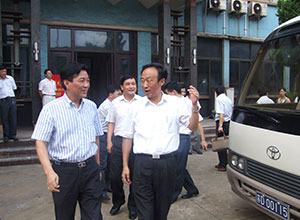 July 20, 2008, accompanied by the chairman declared the city of Changzhou Municipal Committee visited the company in mind Fan Yanqing